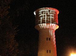"""""""KELVIN"""", sich veränderndes Lichtkunstwerk auf dem Wasserturm von Neumünster, 2010"""